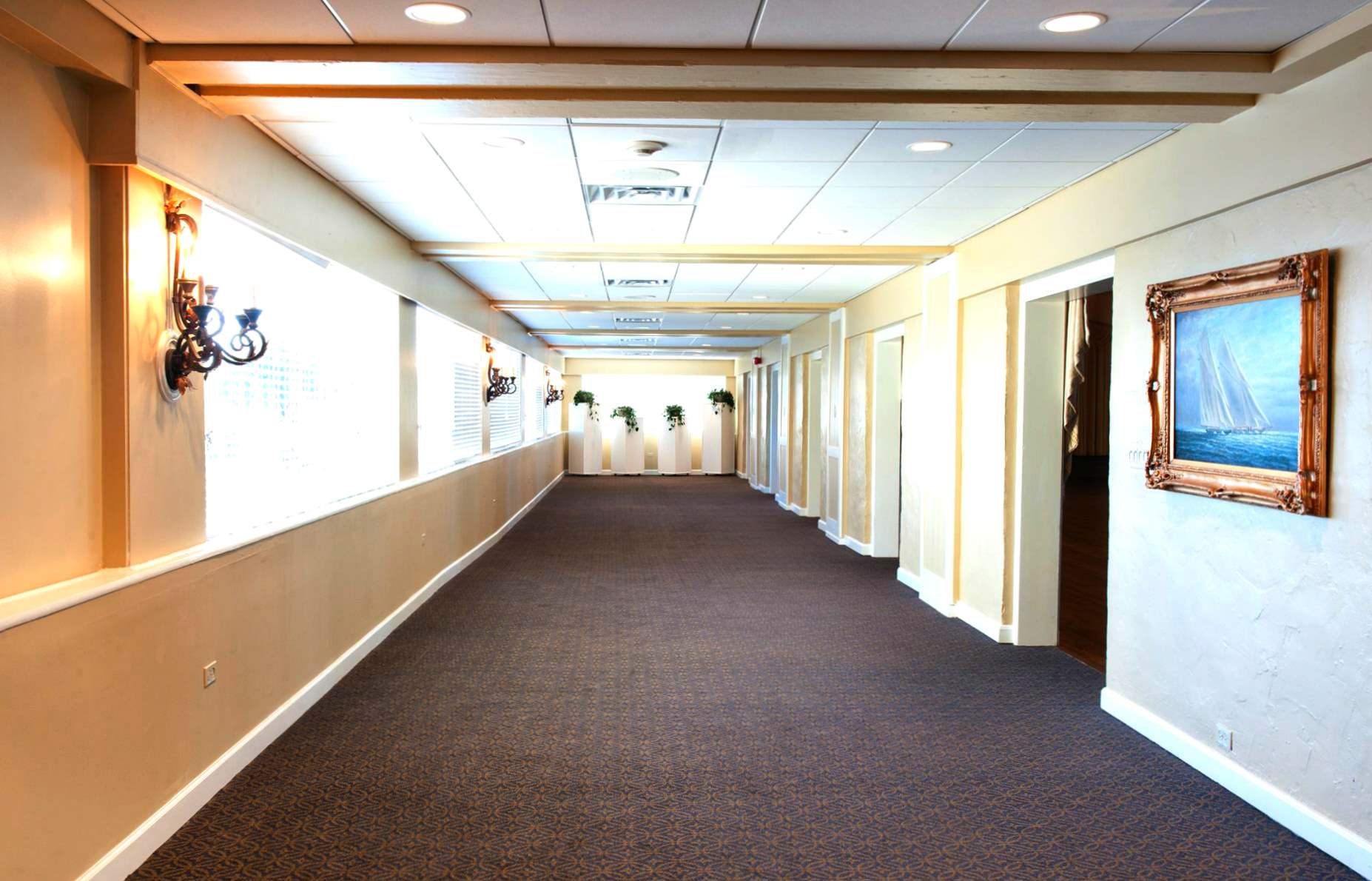 captains_walk_hall